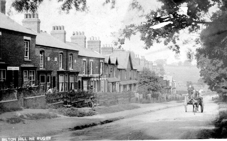 Bilton Hill showing terraced houses.  1900s |  IMAGE LOCATION: (Warwickshire County Record Office)