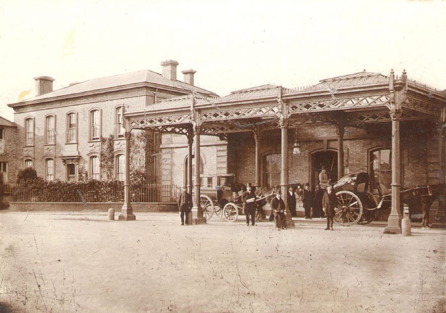 Old railway station front at Rugby.  1860 |  IMAGE LOCATION: (Rugby Library)