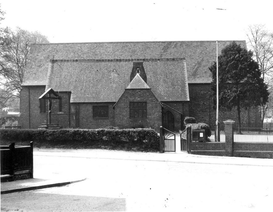 St Oswald's Church, New Bilton, Rugby.  1954    IMAGE LOCATION: (Rugby Library)