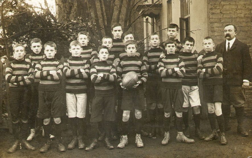 Murray School Rugby team with W.T.C. Hodges, the headmaster, Rugby.  1906 |  IMAGE LOCATION: (Rugby Library) PEOPLE IN PHOTO: Hodges, Mr W T C, Hodges as a surname