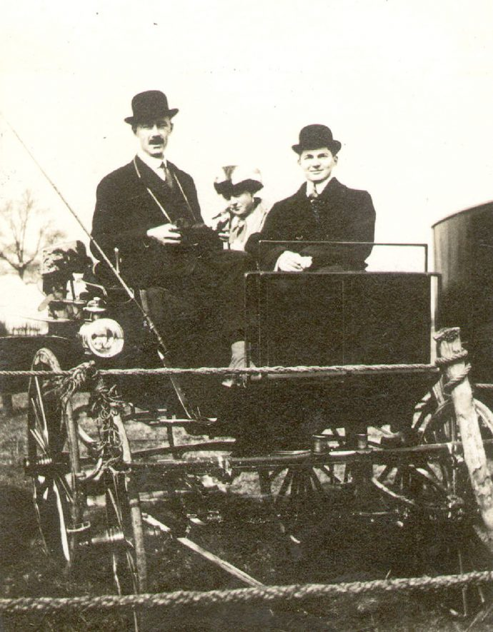 Rugby Hunt steeplechase observers in a carriage.  March 28th 1913 |  IMAGE LOCATION: (Rugby Library)