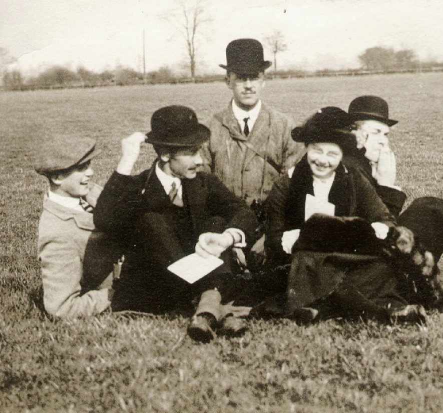 Four men and a woman at the Rugby hunt steeplechases.  March 28th 1913. |  IMAGE LOCATION: (Rugby Library)