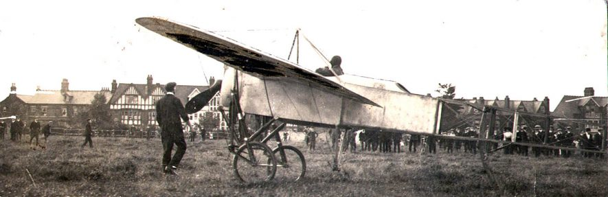 Visit by a Bleriot monoplane to Eastlands showground, Rugby.  1913 |  IMAGE LOCATION: (Rugby Library)