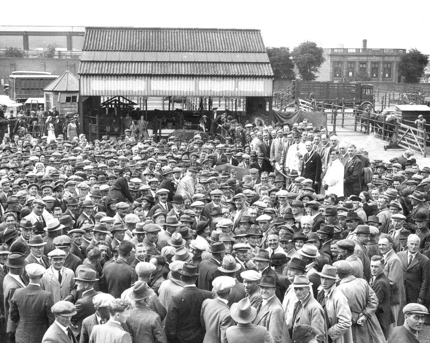 Warwickshire NFU Rugby Branch holding a charity auction sale at Rugby Cattle Market in the presence of the Mayor Alderman R H Myers.  1940 |  IMAGE LOCATION: (Rugby Library) PEOPLE IN PHOTO: Myers, Alderman R H, Myers as a surname