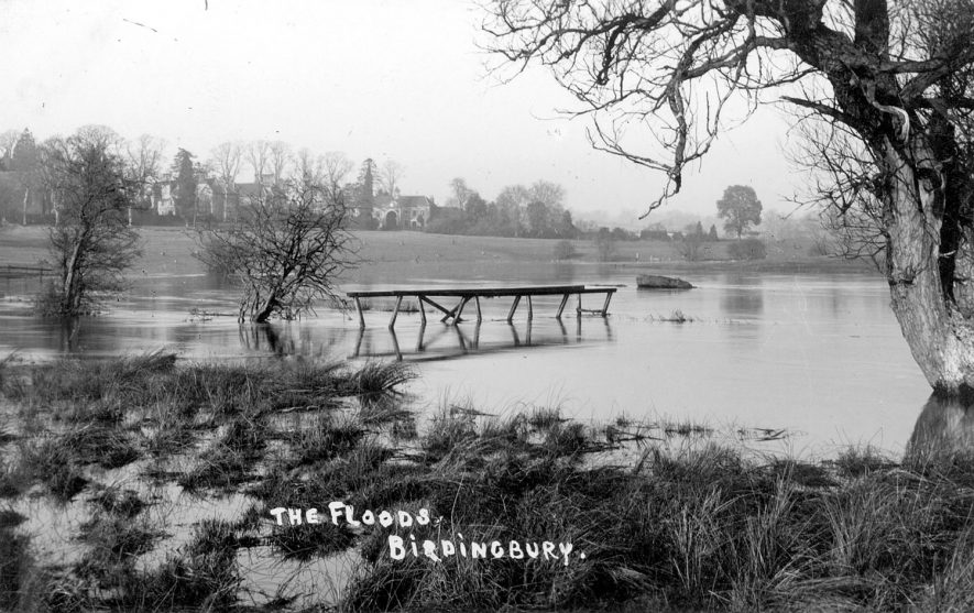 Scene of flooded river in Birdingbury.  1900s |  IMAGE LOCATION: (Warwickshire County Record Office)