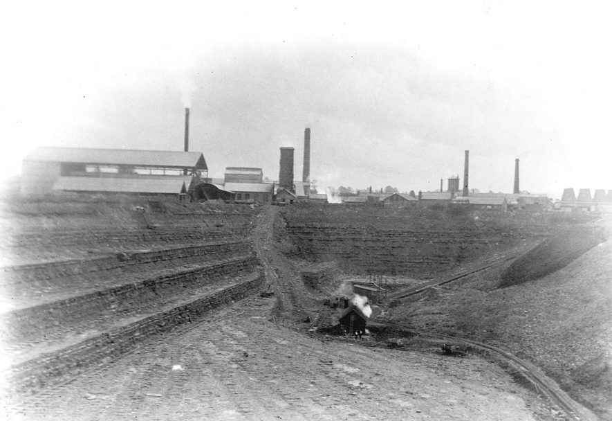 New Bilton works of Portland Cement, Rugby.  1910s |  IMAGE LOCATION: (Rugby Library)