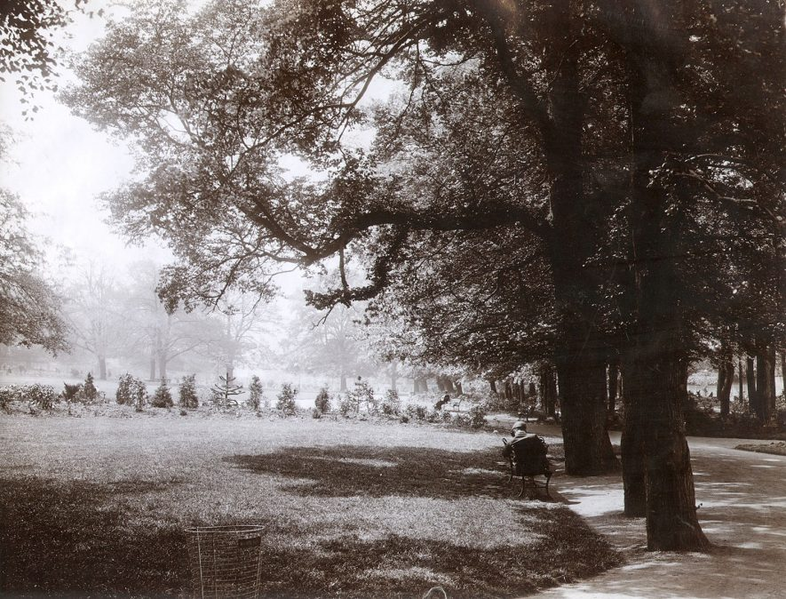 General view of Caldecott Park, Rugby, which was opened in 1904. |  IMAGE LOCATION: (Rugby Library)