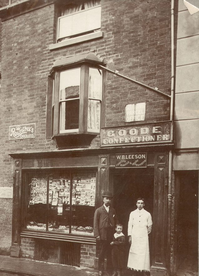 Mr William Bryan Leeson (on left) was in business as a furniture remover and brake proprietor in Chapel Street, Rugby from 1890 until 1917. After 1917 the confectioner's business was run by Mrs Leeson until 1933.  1900s |  IMAGE LOCATION: (Rugby Library) PEOPLE IN PHOTO: Leeson, Mr W B, Leeson as a surname