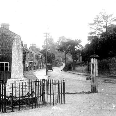 Pailton.  War memorial and cottages