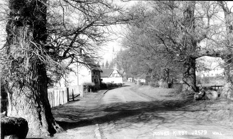 Tree lined lane leading to Monks Kirby.  1950s |  IMAGE LOCATION: (Warwickshire County Record Office)