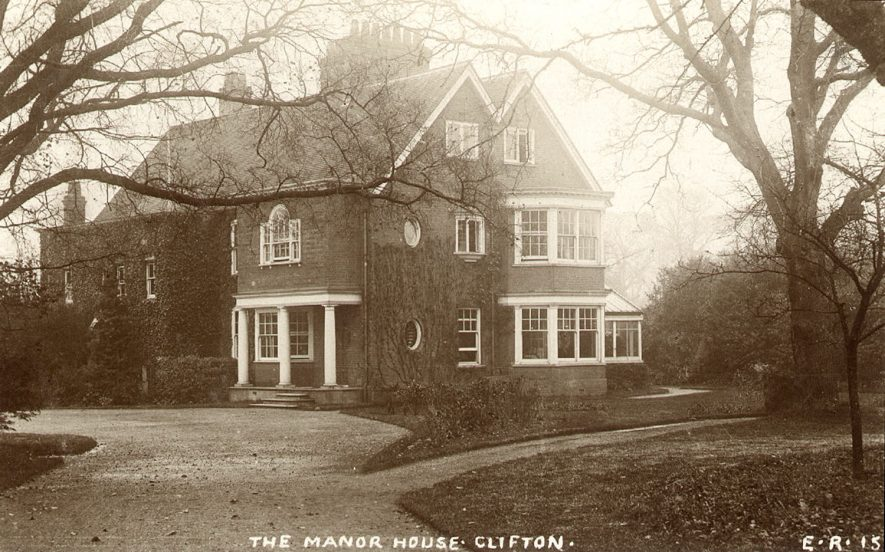 The Manor House, Clifton upon Dunsmore.  1900s |  IMAGE LOCATION: (Warwickshire County Record Office)