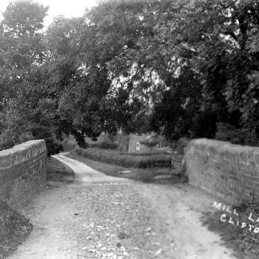 Clifton upon Dunsmore.  Mill Lane