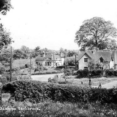 Bishops Tachbrook.  Village scene