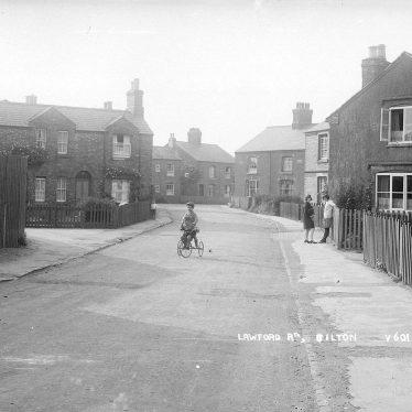 Bilton.  Lawford Lane