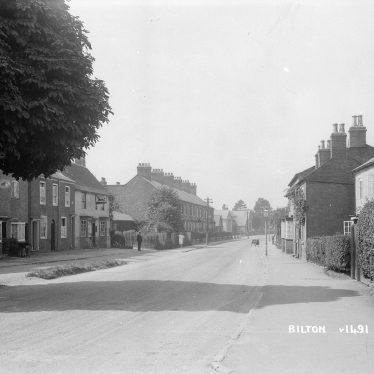 Bilton.  Main Street