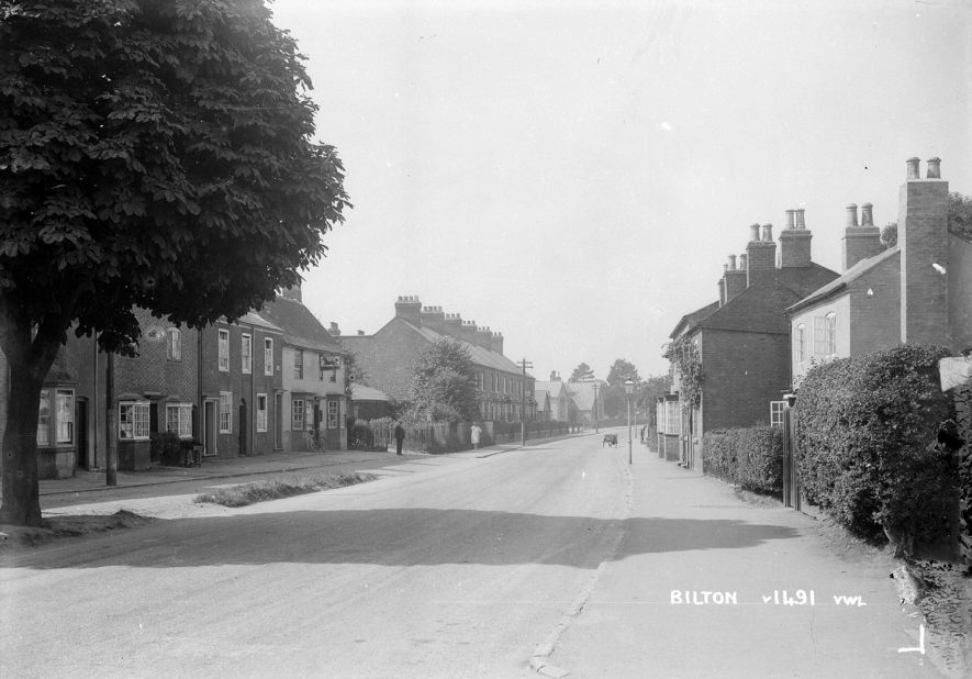 Main Street, Bilton.  1930 |  IMAGE LOCATION: (Warwickshire County Record Office)