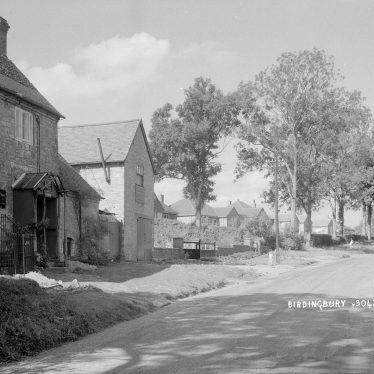 Birdingbury.  Village scene