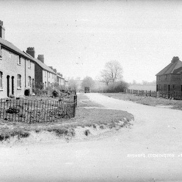 Bishops Itchington.  Houses