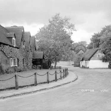 Clifton upon Dunsmore.  Cottages