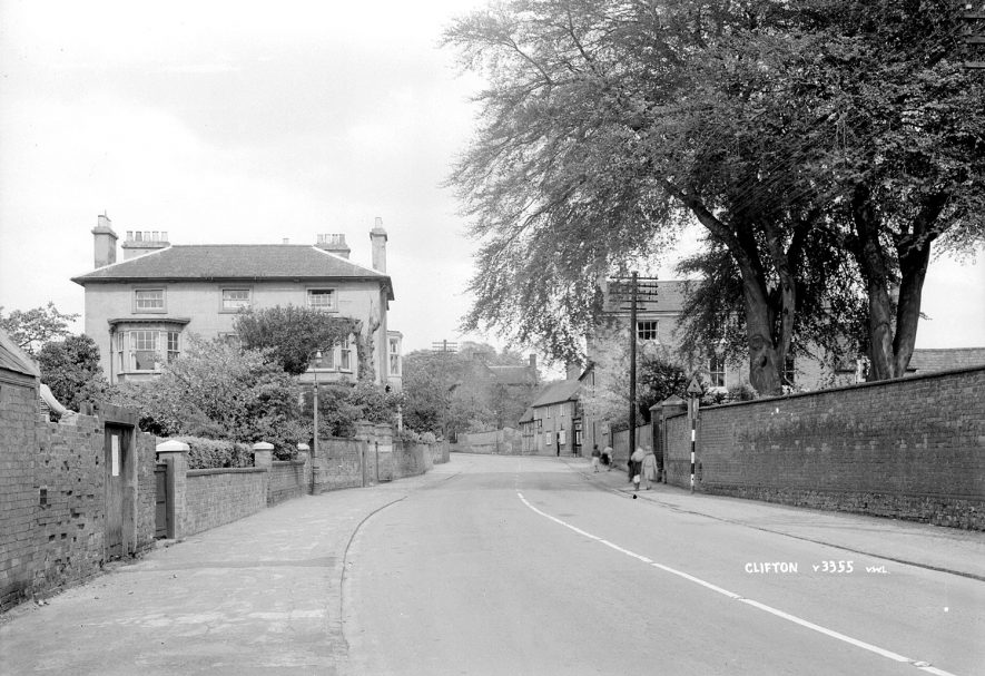 Street scene in Clifton upon Dunsmore.  1930s |  IMAGE LOCATION: (Warwickshire County Record Office)