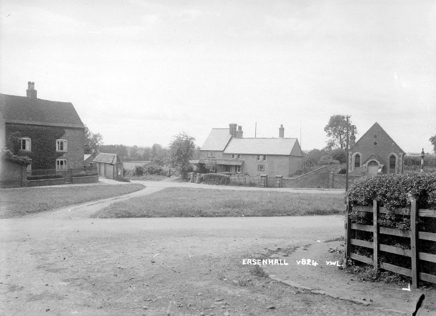 A road junction in Easenhall.  1930s |  IMAGE LOCATION: (Warwickshire County Record Office)