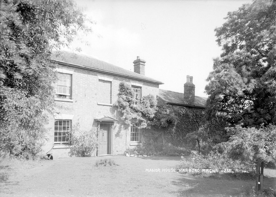 Exterior view of the manor house, Harborough Magna.  1950s |  IMAGE LOCATION: (Warwickshire County Record Office)
