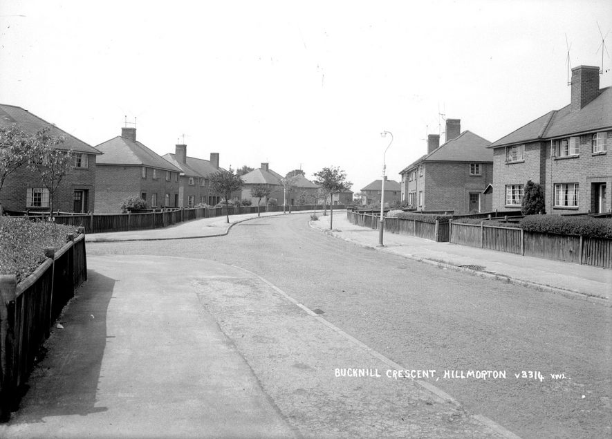 Houses in Bucknill Crescent, Hillmorton.  1930s |  IMAGE LOCATION: (Warwickshire County Record Office)