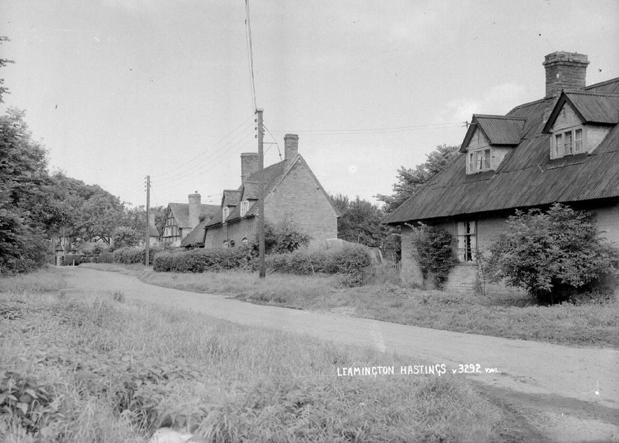 View of Leamington Hastings showing cottages.  1930s |  IMAGE LOCATION: (Warwickshire County Record Office)