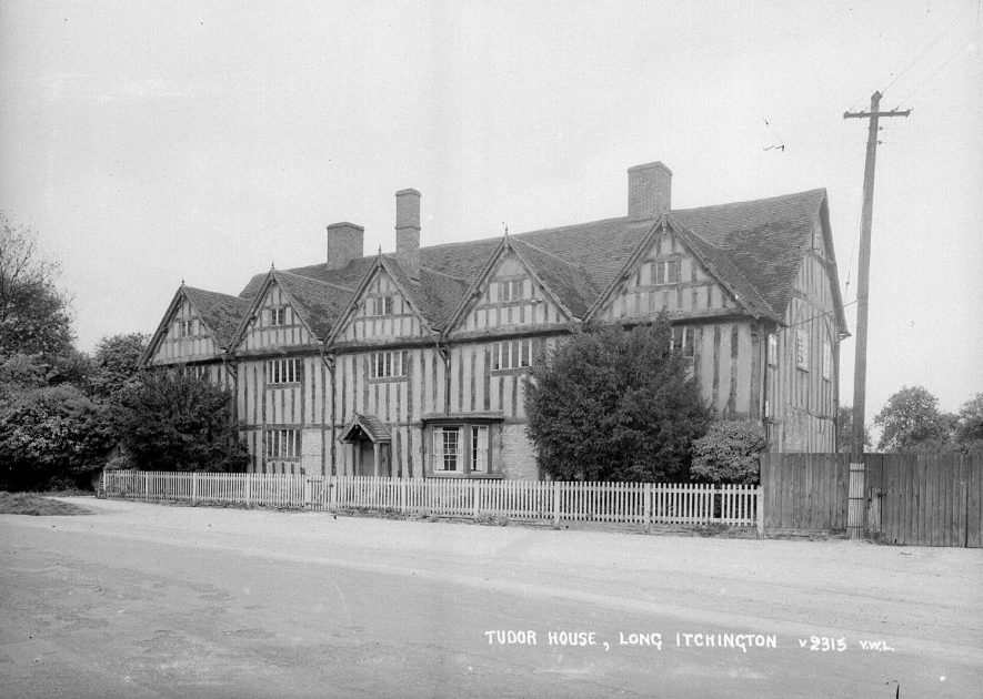 The Tudor House at  Long Itchington.  1930s |  IMAGE LOCATION: (Warwickshire County Record Office)