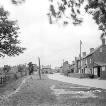 Long Itchington.  Village street