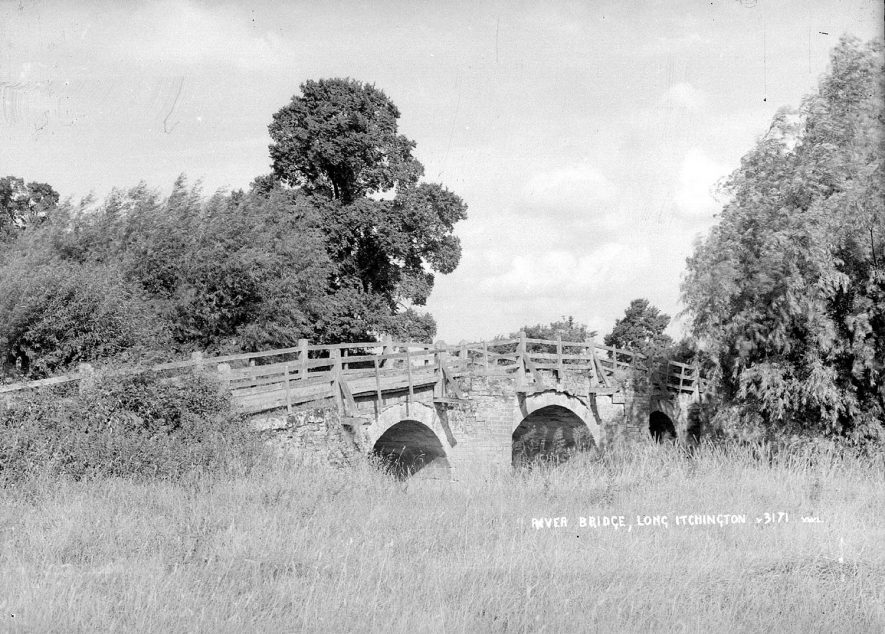 Three arched bridge over River Itchen, Long Itchington.  1960s |  IMAGE LOCATION: (Warwickshire County Record Office)
