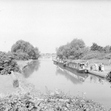 Long Itchington.  Grand Union Canal and boats