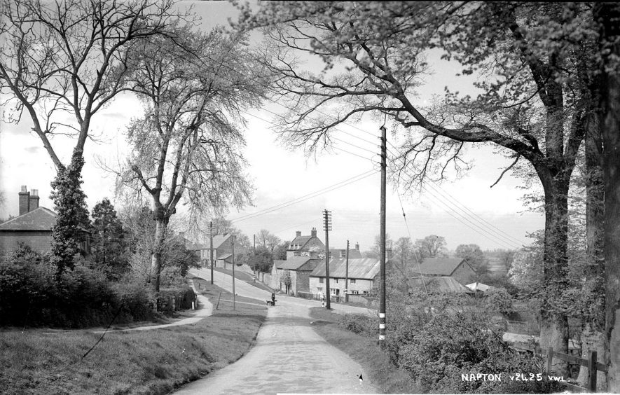 A view of Napton on the Hill.  1950s    [ View looking down Hillside to the junction with the Southam Rd..] |  IMAGE LOCATION: (Warwickshire County Record Office)