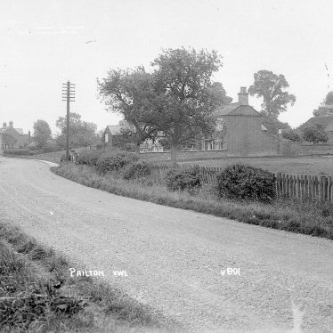 Pailton.  Village street