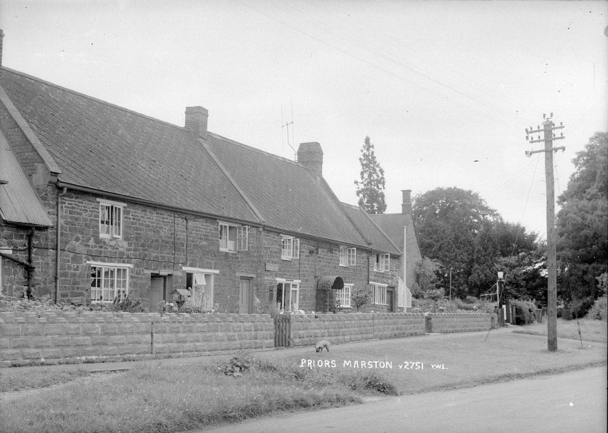 The post office and cottages in Priors Marston.  1950s |  IMAGE LOCATION: (Warwickshire County Record Office)