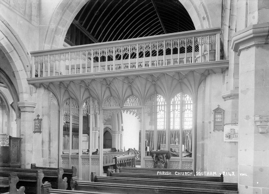 Southam Parish Church interior.  1930s |  IMAGE LOCATION: (Warwickshire County Record Office)