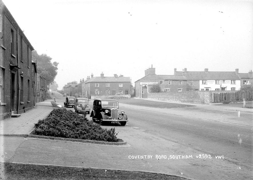 View along Coventry Road, Southam.  1930s |  IMAGE LOCATION: (Warwickshire County Record Office)