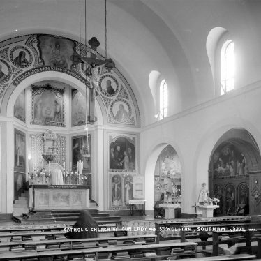 Southam.  Catholic Church, interior