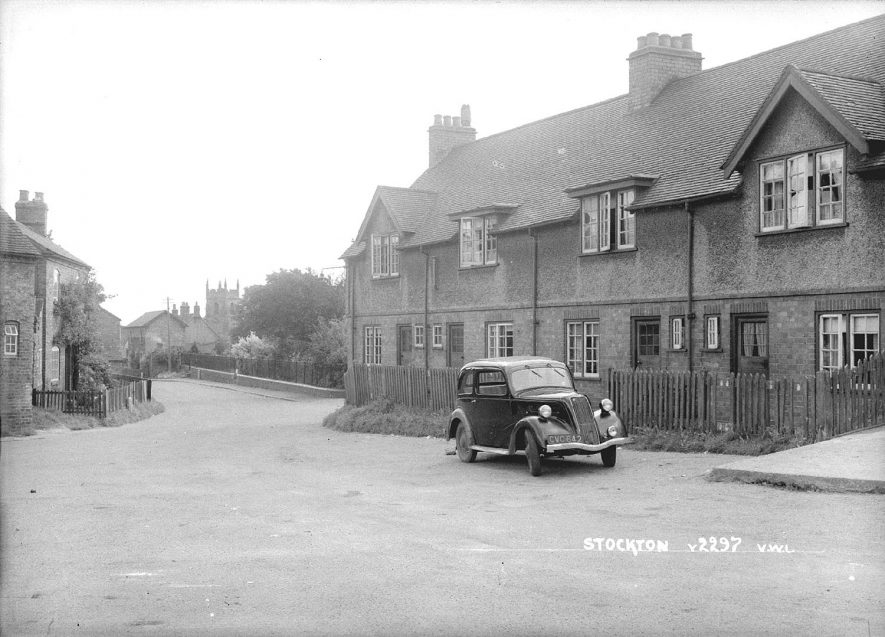 A village street, Stockton.  1930s |  IMAGE LOCATION: (Warwickshire County Record Office)
