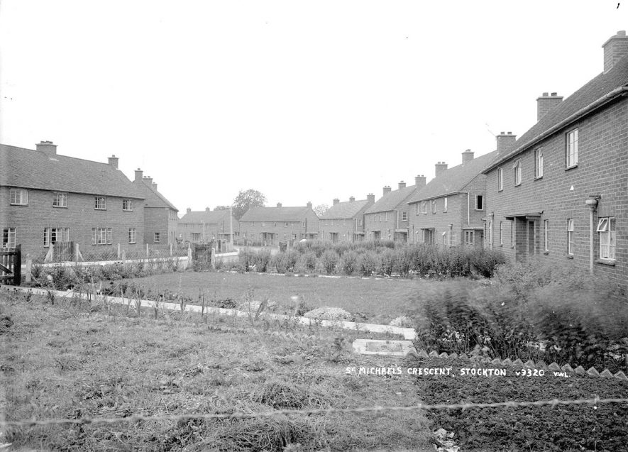 St Michael's Crescent, Stockton.  1950s |  IMAGE LOCATION: (Warwickshire County Record Office)