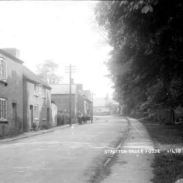 Stretton under Fosse.  Cottages