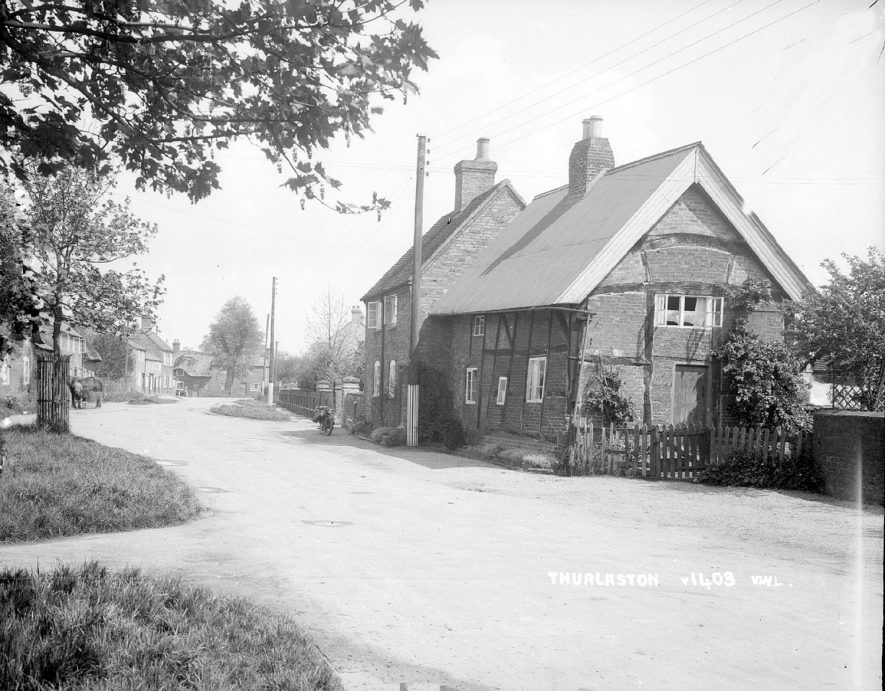 The centre of Thurlaston village.  1930s    IMAGE LOCATION: (Warwickshire County Record Office)