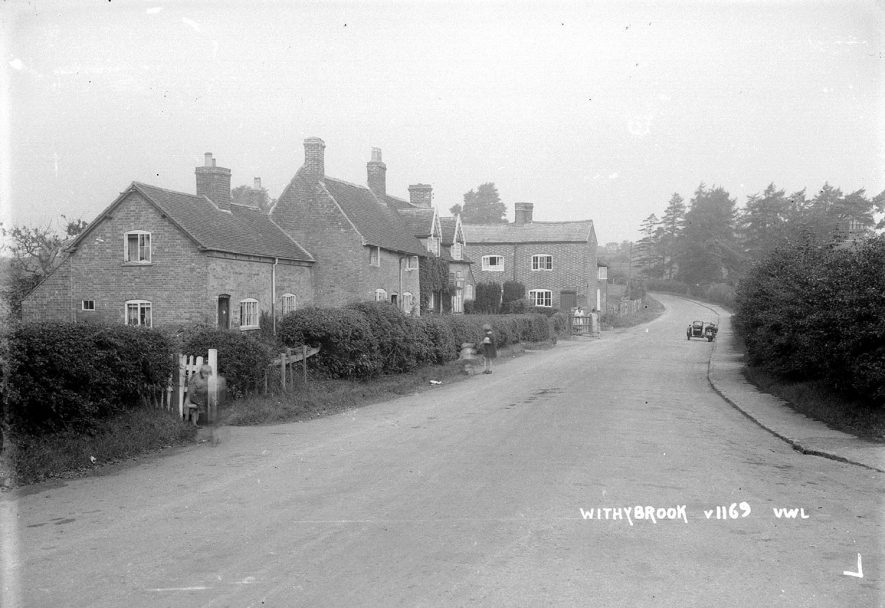 An unidentified village street in Withybrook.  1930s |  IMAGE LOCATION: (Warwickshire County Record Office)
