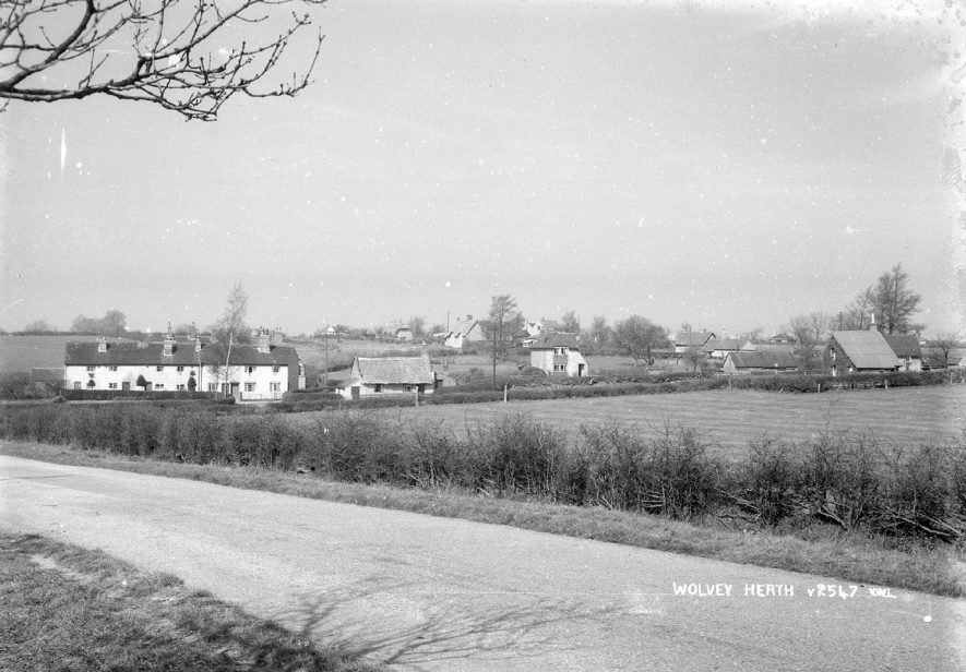 A view looking over Wolvey Heath, Wolvey.  1950s |  IMAGE LOCATION: (Warwickshire County Record Office)