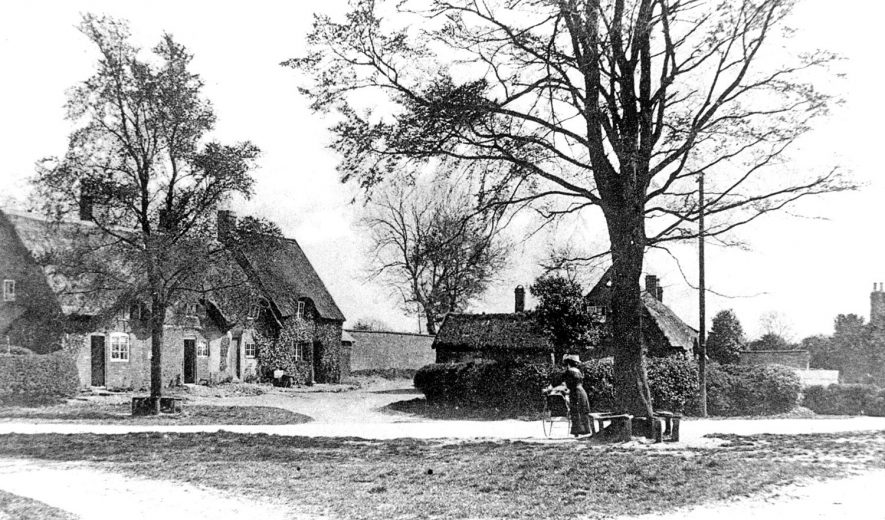 A view of the village green, Clifton upon Dunsmore.  1920s |  IMAGE LOCATION: (Warwickshire County Record Office)