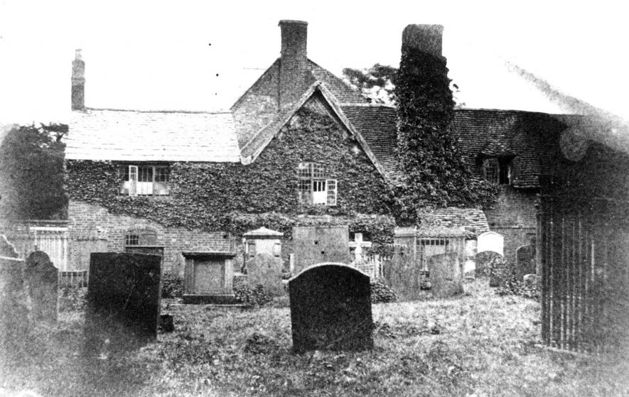 Manor House from the churchyard, Clifton upon Dunsmore.  1920s |  IMAGE LOCATION: (Warwickshire County Record Office)
