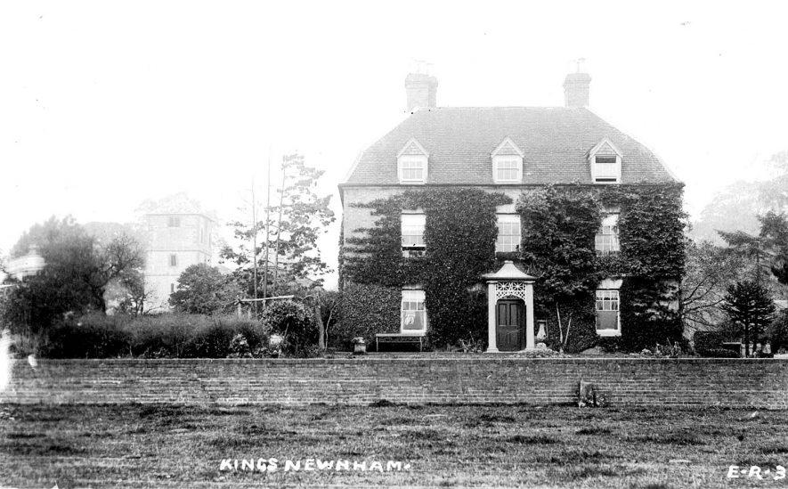 Hall Farmhouse, Kings Newnham.  1900s |  IMAGE LOCATION: (Warwickshire County Record Office)