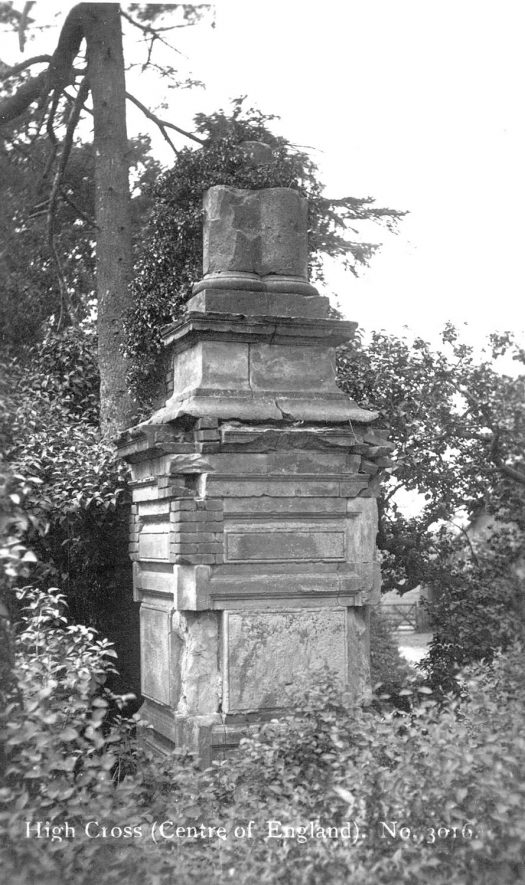 Monument at High Cross.  1900s |  IMAGE LOCATION: (Warwickshire County Record Office)