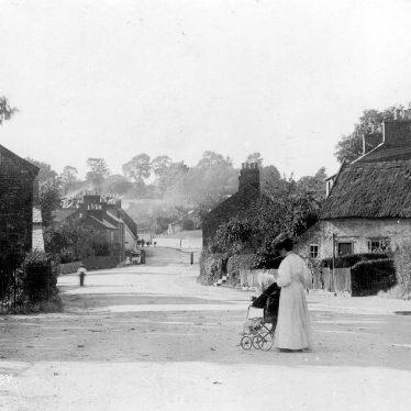 Newbold on Avon.  Street scene
