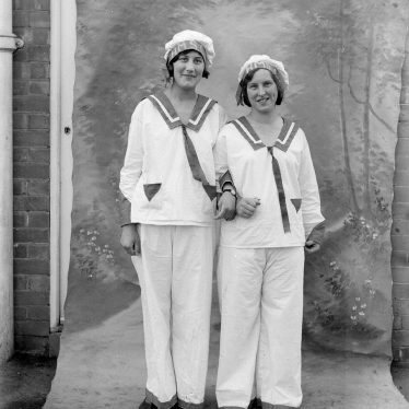 Alcester.  Co-operative Carnival, fancy dress